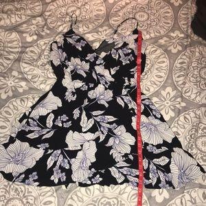 Express. Medium dress